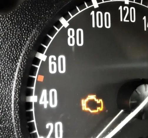 symptoms-of-a-bad-throttle-body-check-engine-light