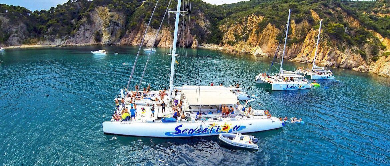 Despedidas en catamarán en Girona