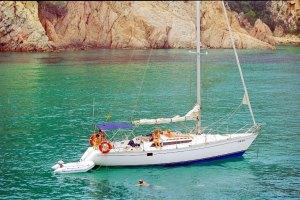 Fiestas en barco en la Costa Brava