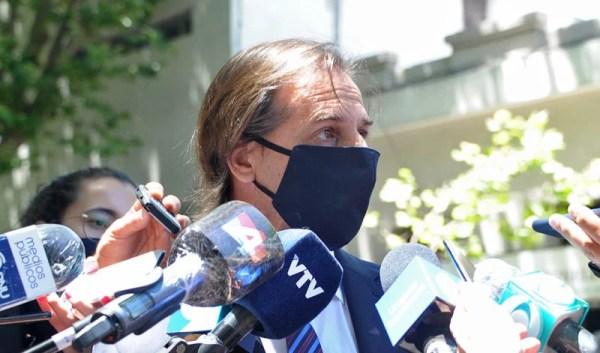 Gobierno uruguayo decretó tres días de duelo nacional por fallecimiento de expresidente