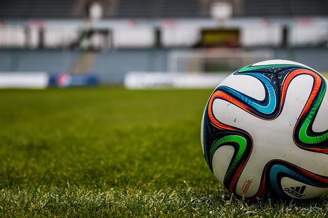 Cómo prevenir lesiones en el fútbol – Despierta y Entrena