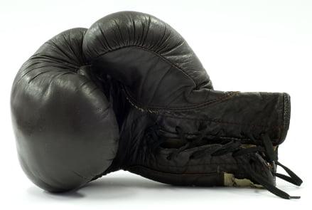 Tacticile de lupta ale vrajmasului (IX)