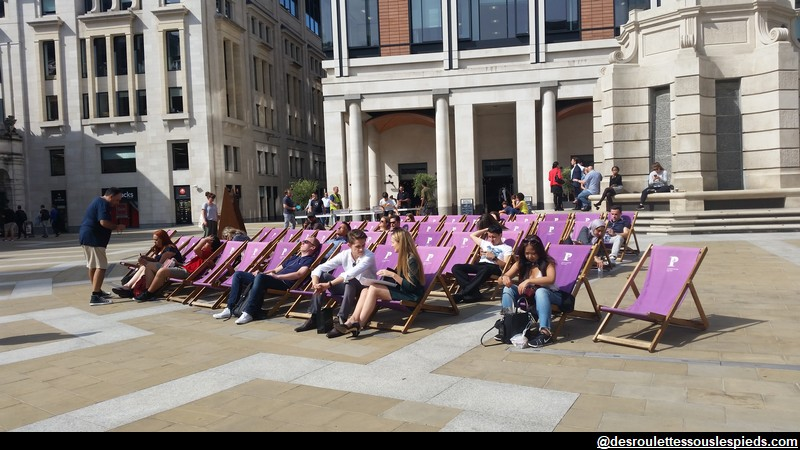 Chaises-longues-Paternoster-Londres