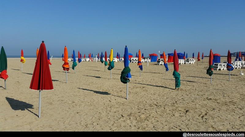 Deauville-plage-parasols