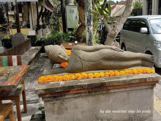 visiter bali ubud et le nord bouddha couché