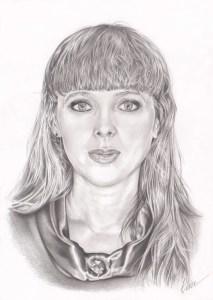Portrait dessin d'après photo d'une femme avec une frange en noir et blanc
