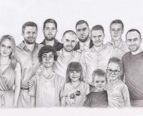 Portrait dessin d'après photo d'une famille élargie en noir et blanc