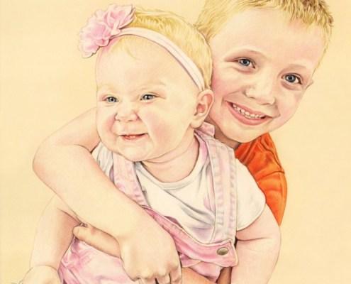 Portrait dessin d'après photo de frère et sœur se câlinant en couleur
