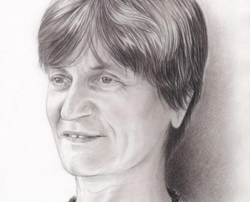 Portrait dessin d'une grand-mère en noir et blanc