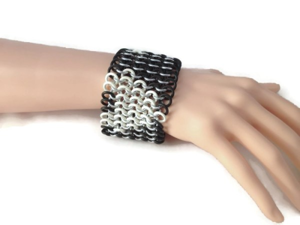 Stretchy Chainmaille Cuff by Destai