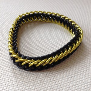 Stretchy Chainmaille Bracelet by Destai