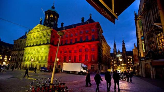paleis-dam-in-kleuren-belgische-vlag