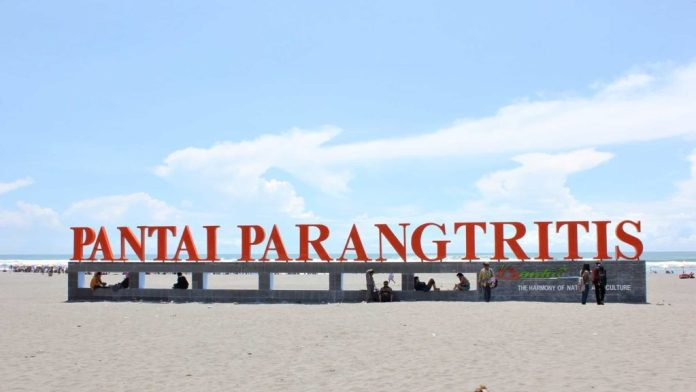 Pantai Parangtritis - Destinasi Wisata Terbaik Yogyakarta