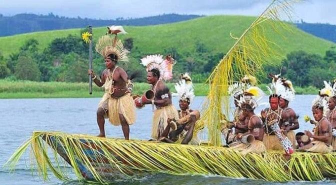 Tempat wisata di Papua yang terkenal budayanya