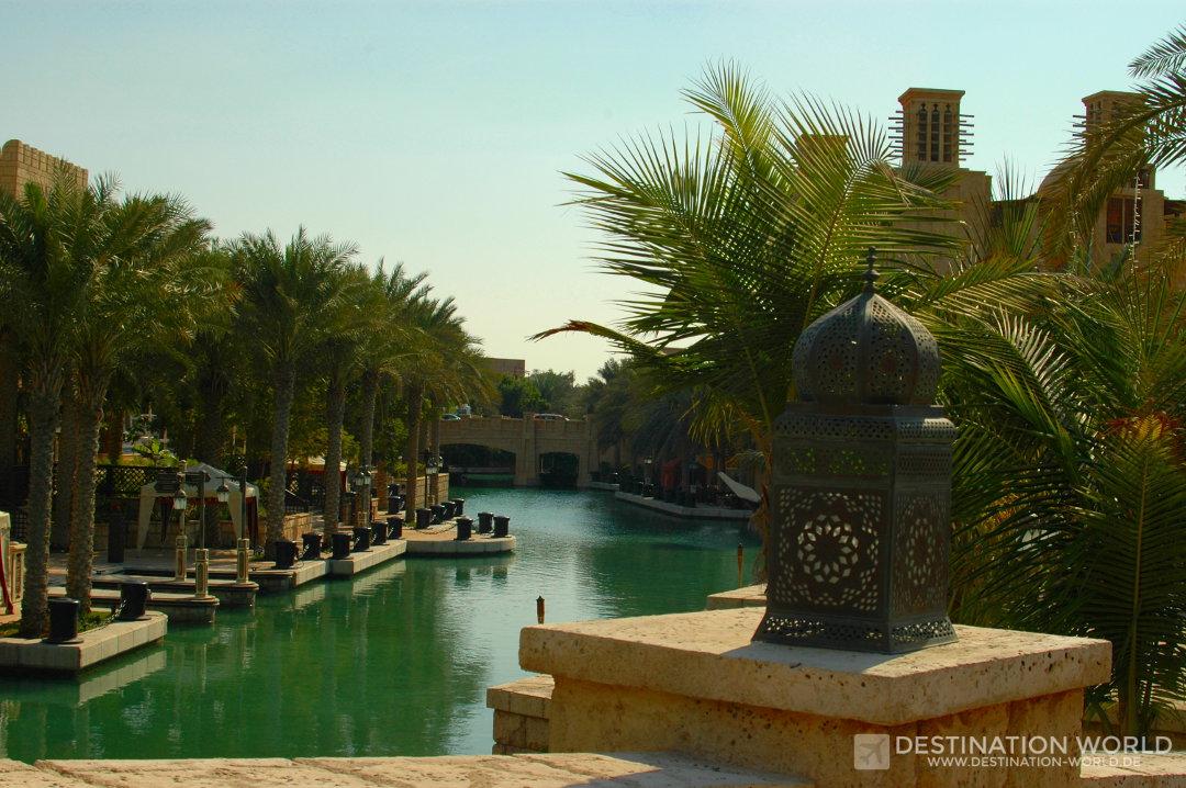 Die Kanäle von Dubai Medinat