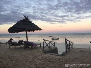 Die Sonnenuntergänge tauchen Jambiani in ein tolles Licht