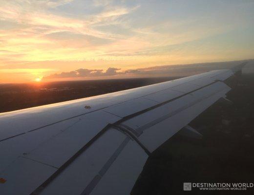Lufthansa, Landung im Sonnenuntergang