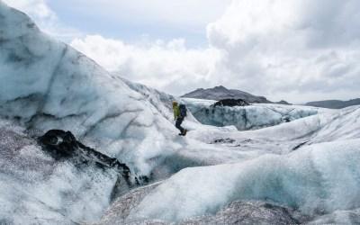 Journée épique de randonnée et d'escalade de glacier en Islande