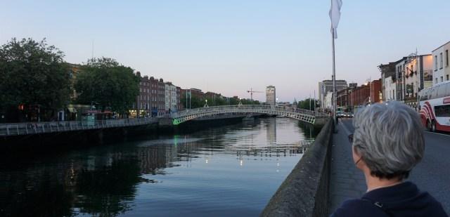 Tur langs floden Liffey Dublin