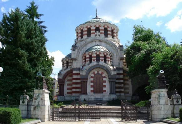 Мавзолей-костница в Плевен