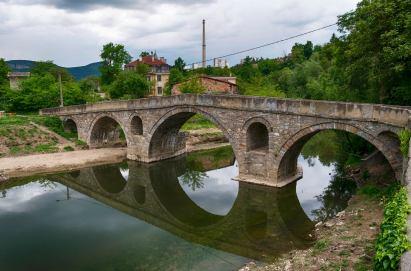 Мостът на Колю Фичето