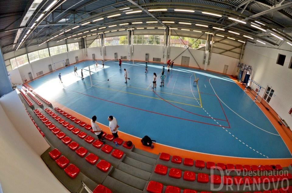 Спортна зала 3