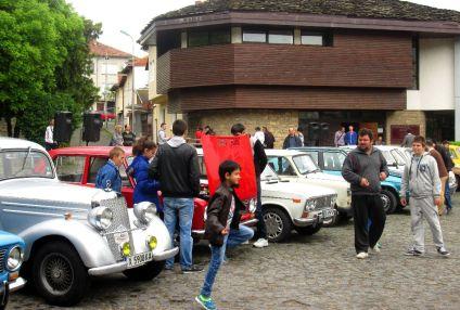 Парад за ретро автомобили - 30.04.2016