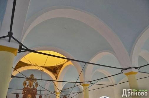 Храм Въведение Богородично - ремонтиран 8