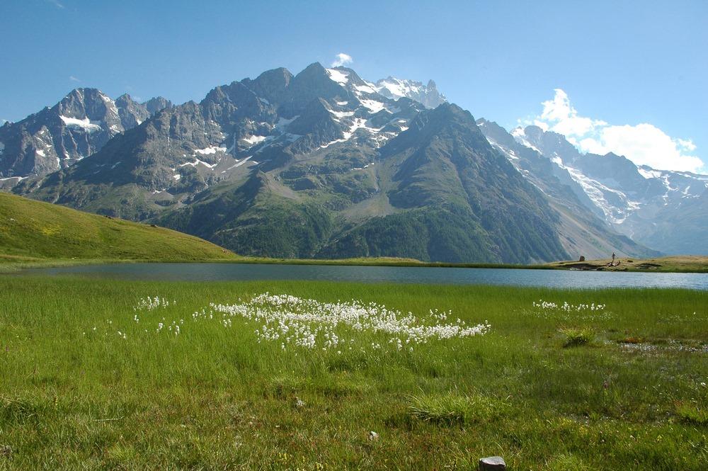 Lac du Pontet La Meije