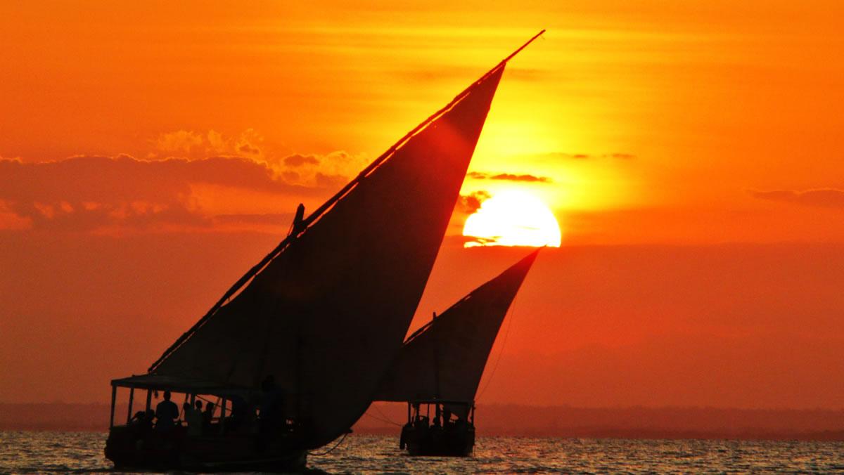Zanzibar-dhow-cruise