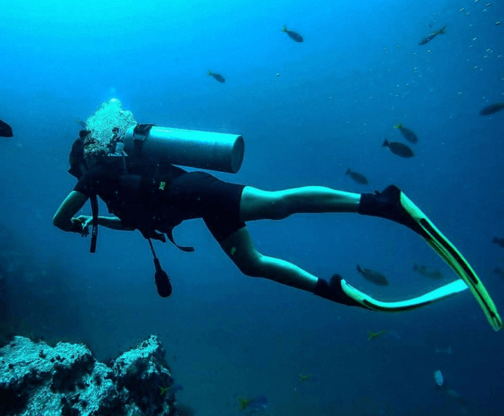 learning to scuba dive in thailand
