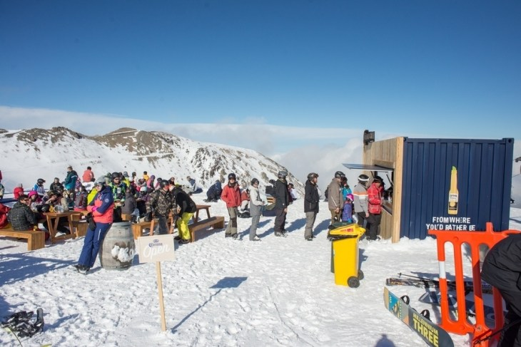 the corona bar at mt hutt