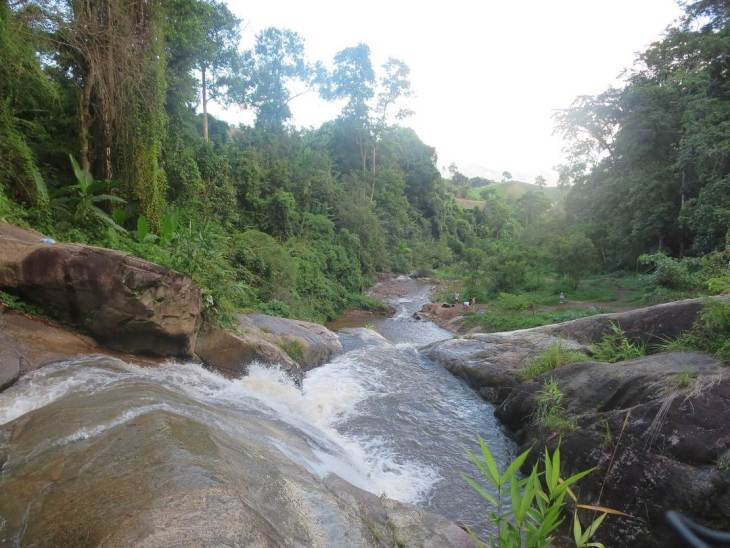 exploring waterfalls is free in thailand