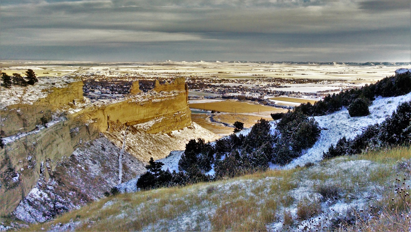 Scottsbluff National Monument. You can faintly see the Wildcat Hills in the distance on the other side of Scottsbluff.