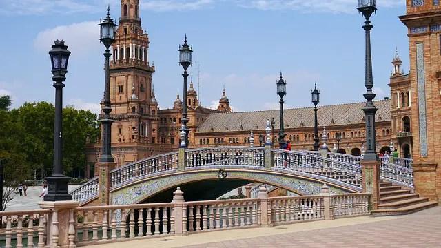 Partir en Seville