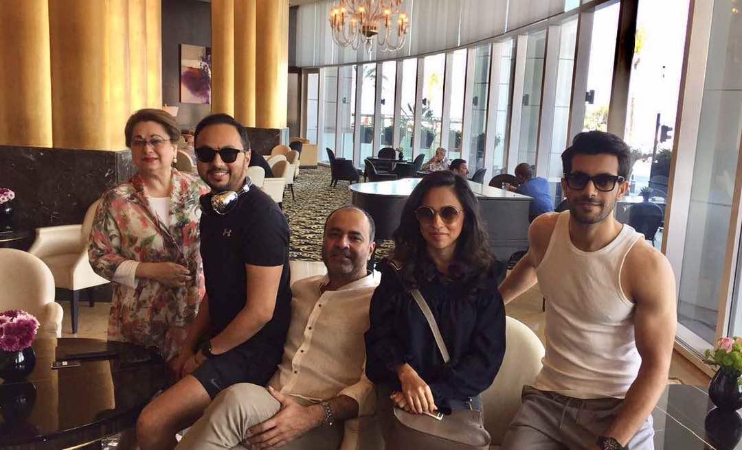Nomi, Deepak, Nida and Shahzad