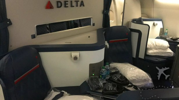 Delta One cabin on B777