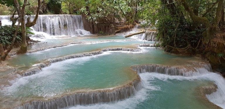 cascade Kuang Si Luang Prabang