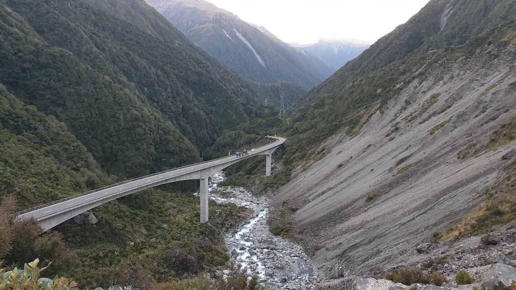 Viaduct death corner lookout Arthurs pass