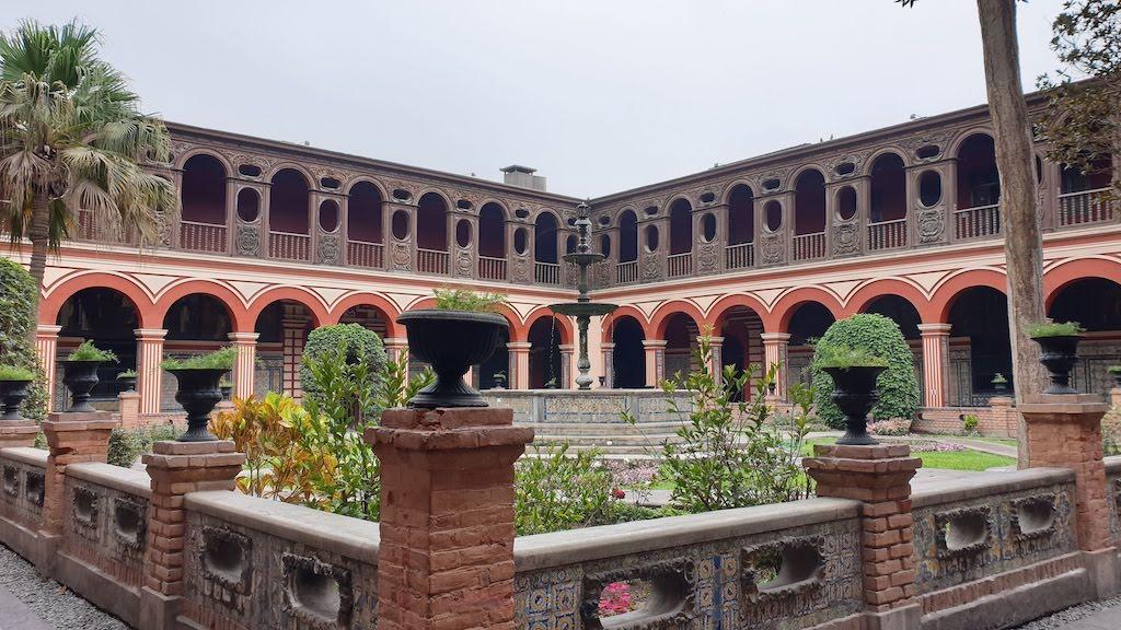 Basílica y convento de Santo Domingo Lima