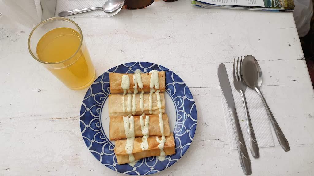 Tequenos de jamon y queso Abadia