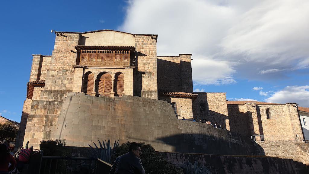 Convento de Santo Domingo y templo del Sol Qorikancha Cusco