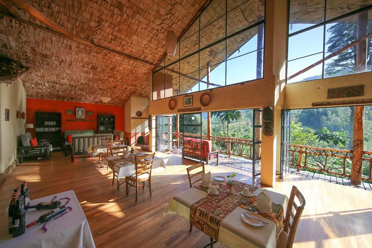 mahogany springs luxury lodge bwindi