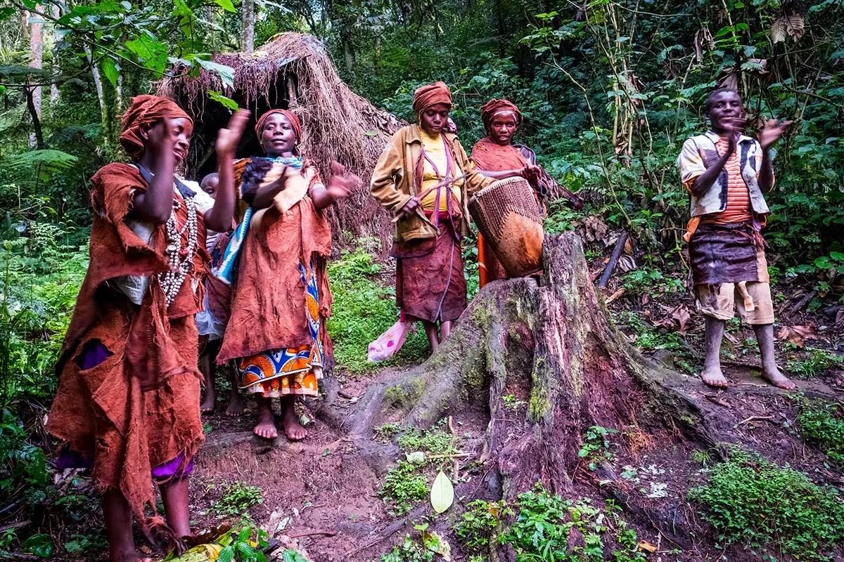Batwa local Sherman in Bwindi