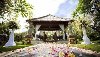 7 keys to cheap destination weddings destination wedding details discover the best destination wedding locations junglespirit Images