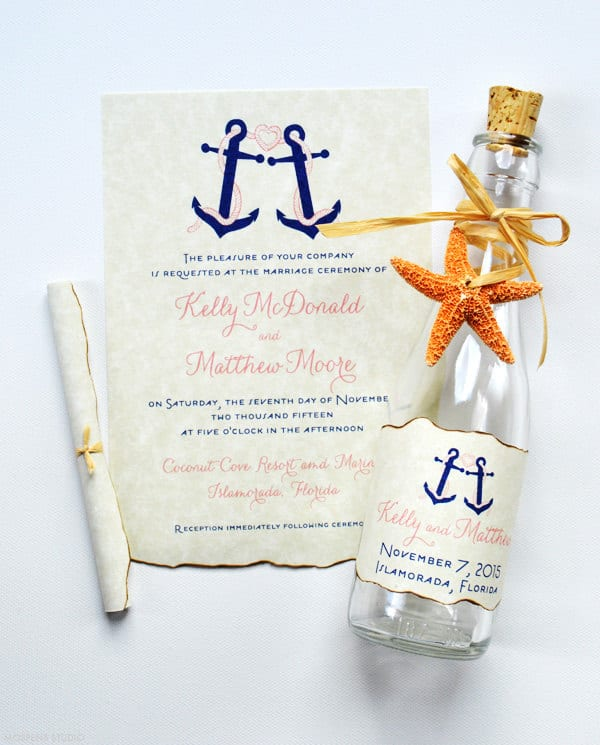 invitation de mariage à destination dans une bouteille
