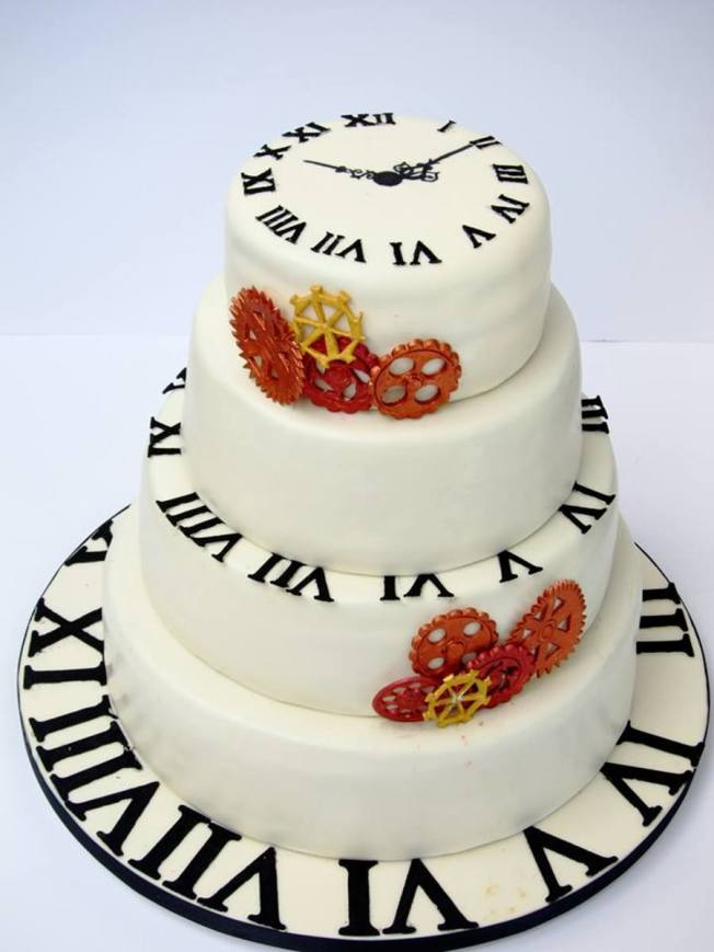 681576HF5q_clock-time-wedding-cake_900