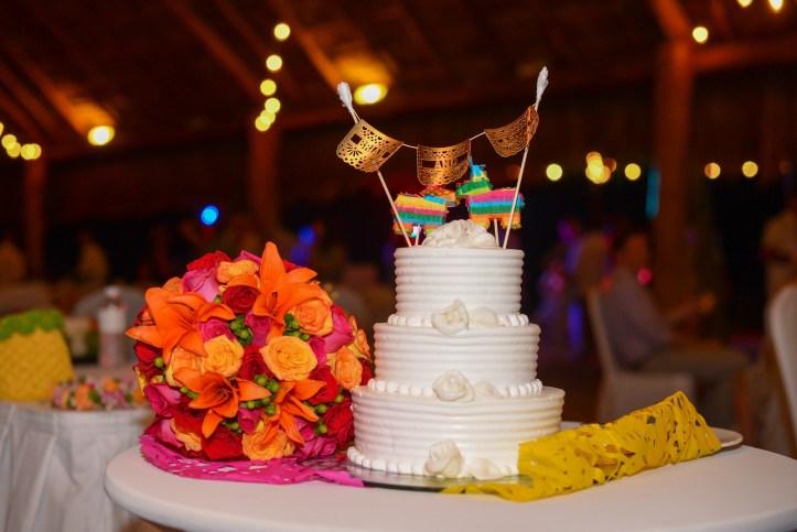 Wedding Cake Topper Finest Playa Mujeres