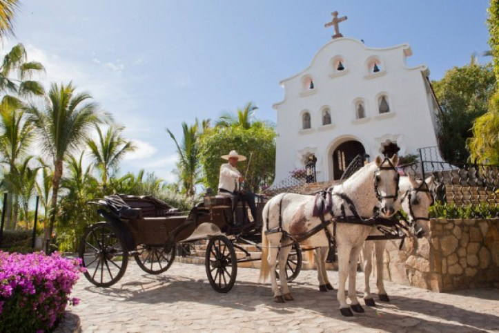 Wedding Chapel horse drawn carriage at the One and Only Palmilla Los Cabos