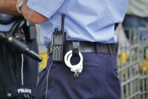 police-504811_1280